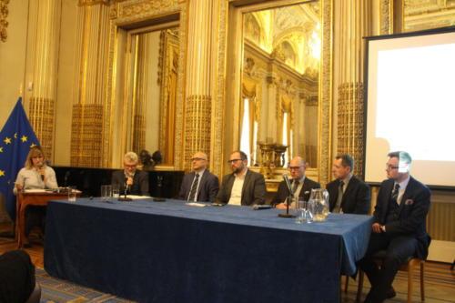 od lewej: Tomasz Dzioba - moderator, Jacek Bialik -KSSE, Konrad Wawruch - 7bulls, Dariusz Śliwowski - ARP, Marek Rewers - PCH Rewers, Łukasz Grzelak - Ministerstwo Rozwoju
